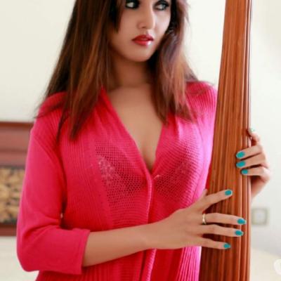 Zoya-Khan.com Profile Image